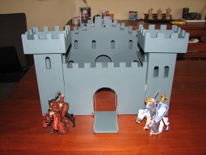 Make your own castle of wood